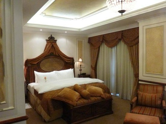 Hotel Plaza Grande: Our suite