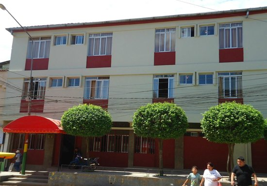 hospedaje komby: Hotel