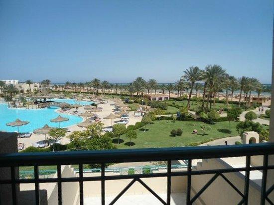 Coral Sea Waterworld Resort: View from bedroom balcony