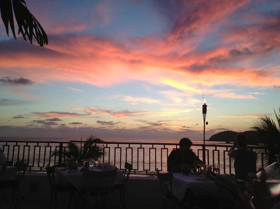 Club Med Ixtapa Pacific: Sunset from the Main Terrace