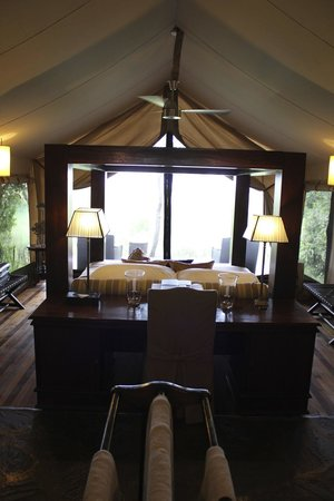 andBeyond Kichwa Tembo Tented Camp: Luxury room looking out on the Mara