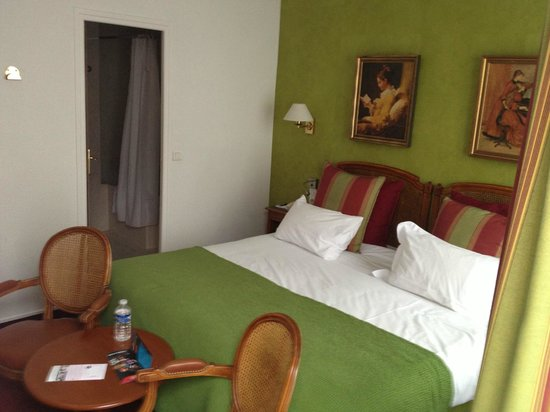BEST WESTERN Tour Eiffel Invalides: Room