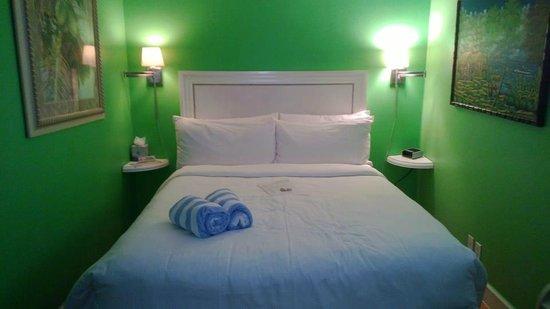 Duval Inn: Leaf Room