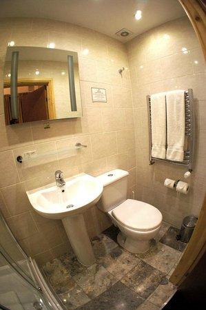 newly finished bathroom, star hotel b&b
