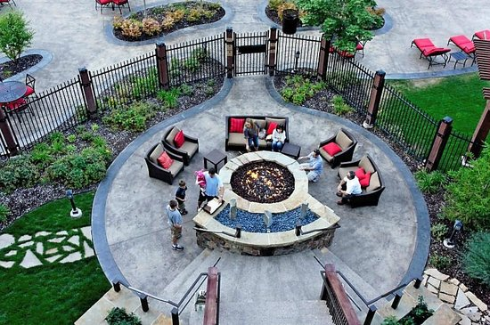 Waldorf Astoria Park City: looking down to firepit