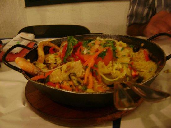 Pousada Vila Pitanga: Paella en restaurant DAVID, única !!!!!!!