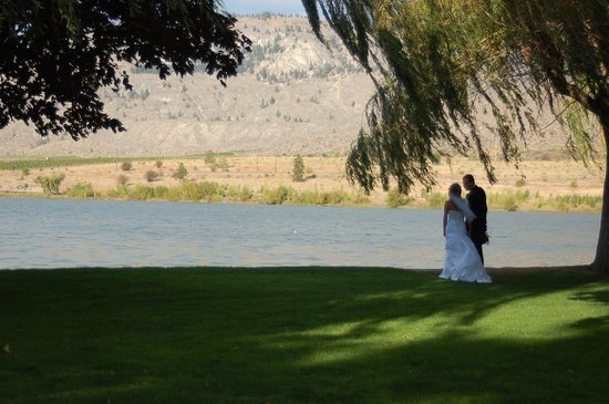 The Lakeside Resort : Perfect place for a special event