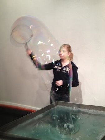 ScienceWorks Hands on Museum: Bubble Room