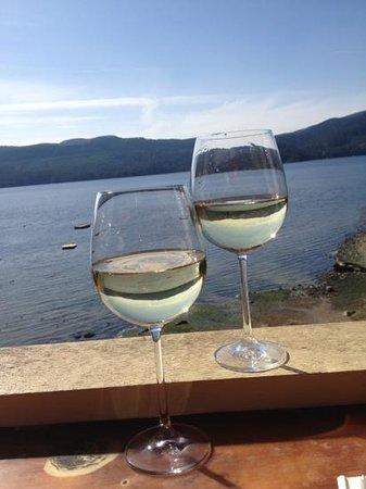 ذا توانيك هوتل آند سبا: own private wine bar