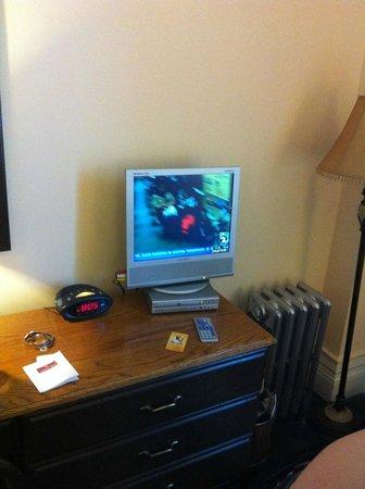 Andrews Hotel: TV