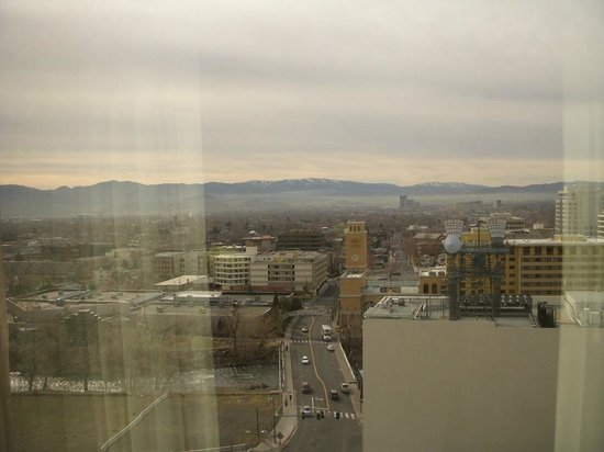 Harrah's Reno: Morning View