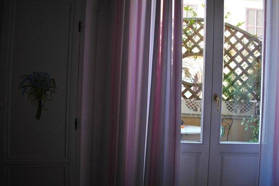 Lilium Hotel: room