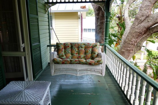 Alexander Homestead: Veranda Porch Swing