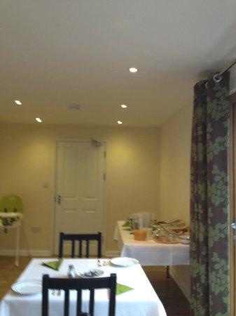 Oakside Lodge: Dining area