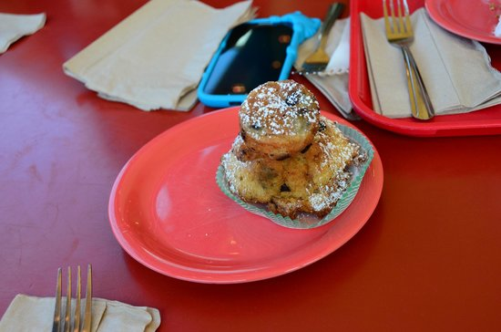 Gayle's Bakery & Rosticceria: Dry bread pudding
