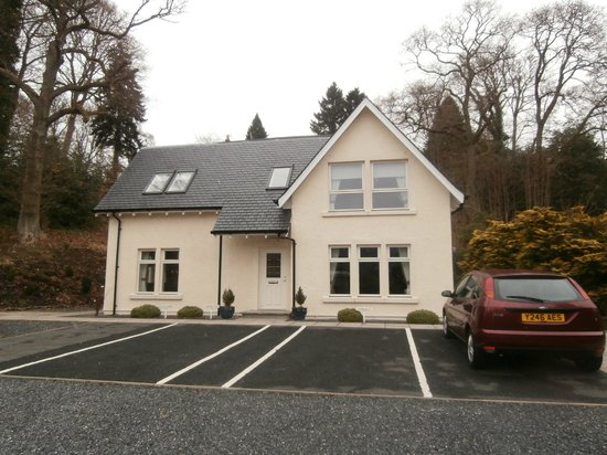 The Claymore Guest House: 4 Self catering apartments