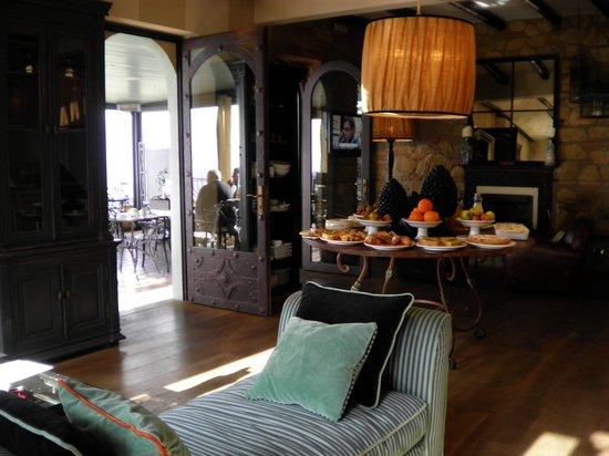 Hotel Villa Ducale: バースペースとテラス☆
