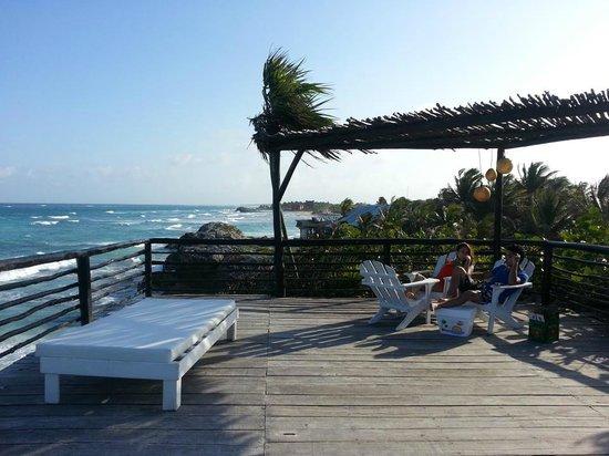 TulumBay Eco Beach : walkup lounge