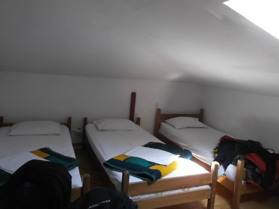 Friends Hostel: triple room - good for two
