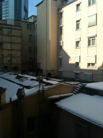 Steigenberger Frankfurter Hof: vue de la fenêtre