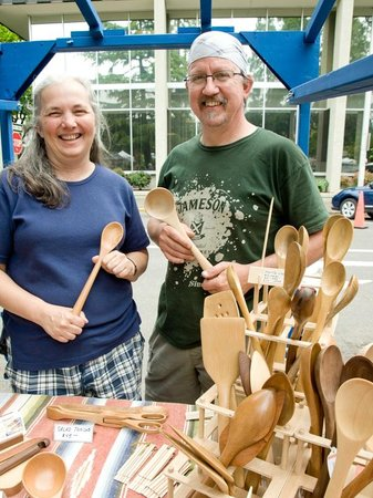 Eugene, OR: Puff & Ray and their handcrafted wooden spoons
