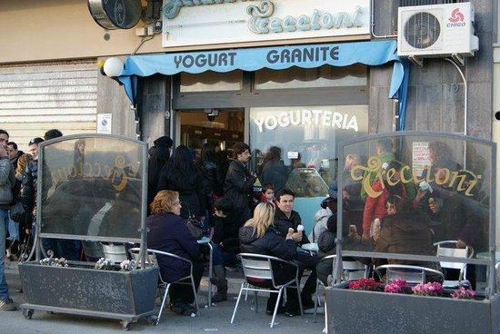 Treccioni Anzio Gelateria & Yogurteria