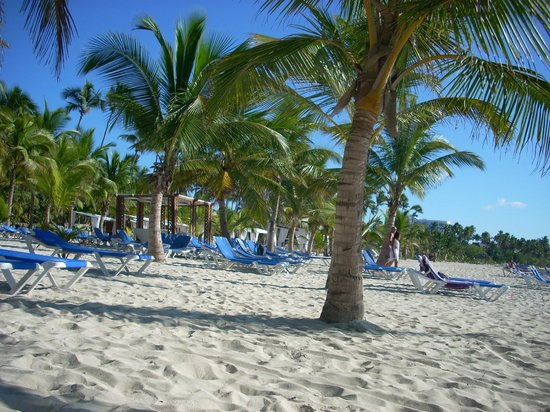 Coral Costa Caribe Resort & Spa: traumhaft hotelstrand