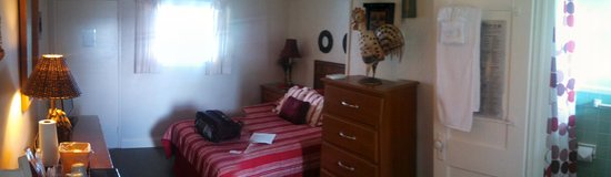 The Harbor Inn & Marina: Room