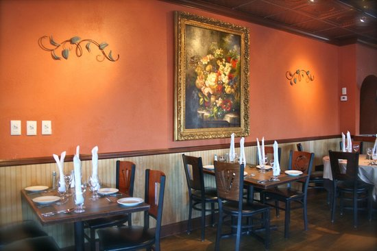 Lorenzo's Restaurant: Dining Room