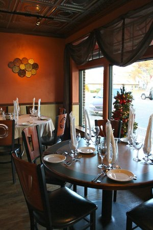 Lorenzo's Restaurant: More Dining Room