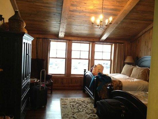 Devil's Thumb Ranch Resort & Spa: room