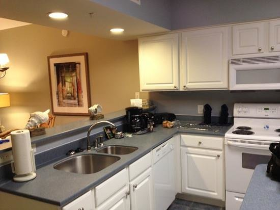 Holiday Inn Club Vacations Panama City Beach Resort: Felt like I was home-love the full size kitchen!