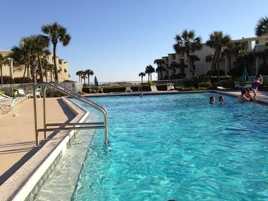 Silver Dunes Condominium: heated pool on a cool day is a lifesaver!!