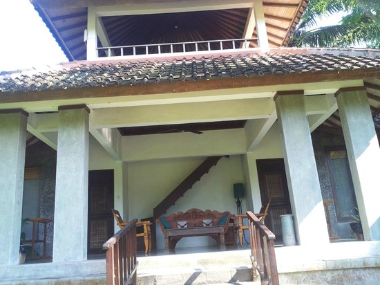 Ubud Villas and Spa: two storey. great for relaxing on top.