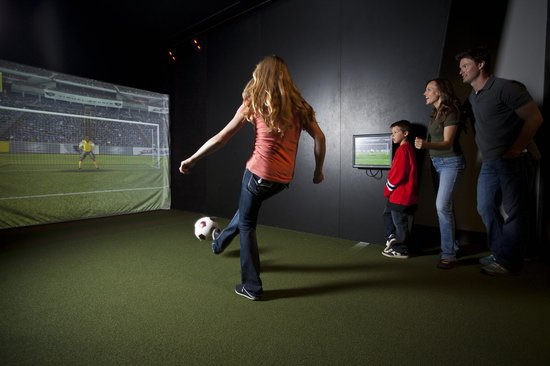 Canada's Sports Hall of Fame : Play soccer, hockey and more in our Bounce Gallery
