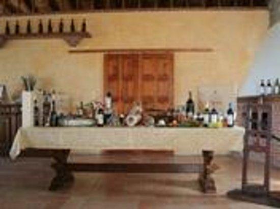 """Montecalvo Versiggia, Italien: Agriturismo """"Calice dei Cherubini"""" - Cucina e vini tipici dell'Oltrepò Pavese"""