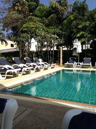 """Centara Kata Resort Phuket: """"Vuxen-poolen"""""""