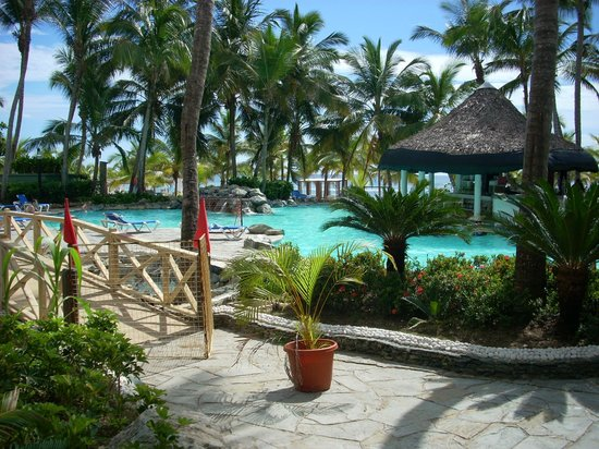 Coral Costa Caribe Resort & Spa: tolle poollandschaft