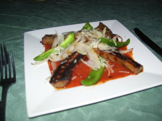 Seven Gables Restaurant & Catering: The house Italian Sausage Appetizer