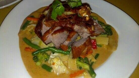 Chai Yo Thai Cuisine: Crispy Fried Duck in Panang Curry