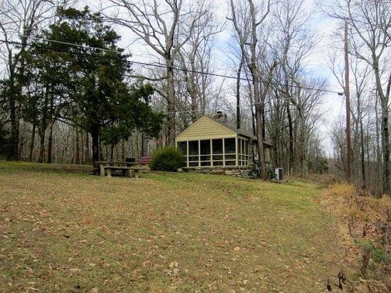 State Park Cabins-Monte Sano: cabin 9