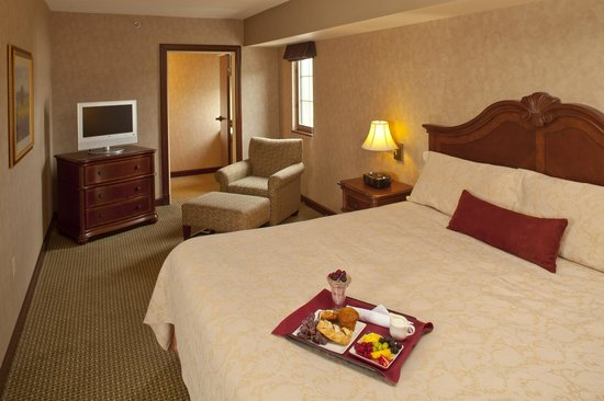 Chester, WV: Hotel Suite