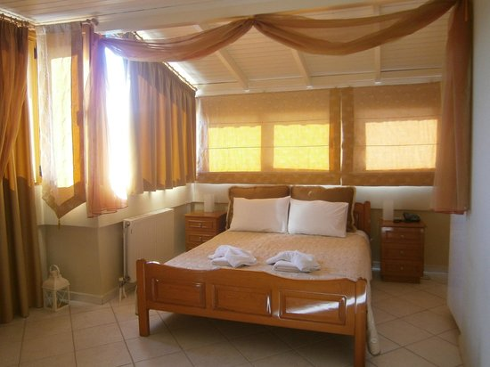 Bella Vista Apartments: Bedroom in an apartment for 4 persons