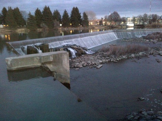 Hilton Garden Inn Idaho Falls: Falls
