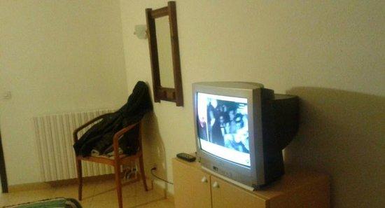 Hotel Bruc: la tele.