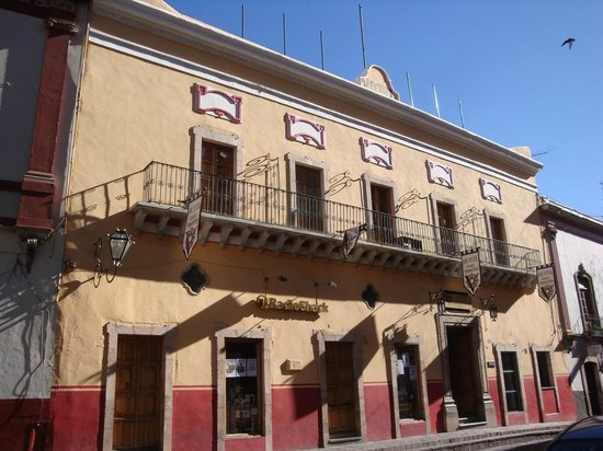 Hotel Casa Virreyes: The hotel front