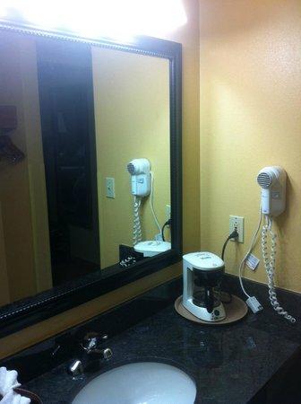 Old Creek Lodge: Room 314 - Bathroom