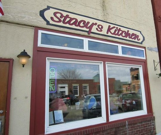 Stacy's Kitchen: Front