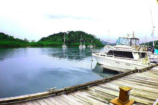 Captain's Cafe : The Marina