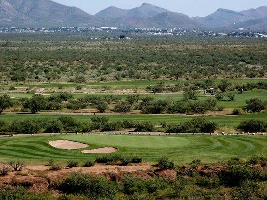 Turquoise Valley Golf Restaurant & Bar: 11 Green